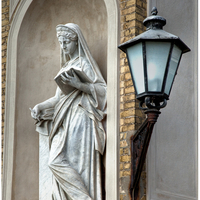 Statue and street light, Orangerie